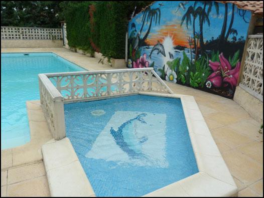 Pataugeoire de la piscine proche de Saint Guilhem le Désert