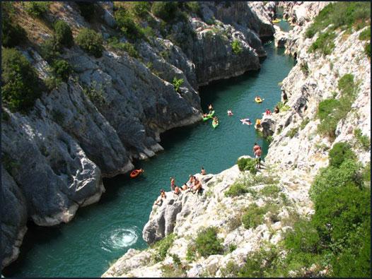 Canoë dans les gorges de l'Hérault
